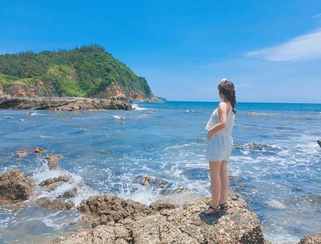 Kỳ nghỉ hè của bạn sẽ thật ý nghĩa & đáng nhớ nếu bạn ghé thăm bãi biển Hồng Vàn Cô Tô